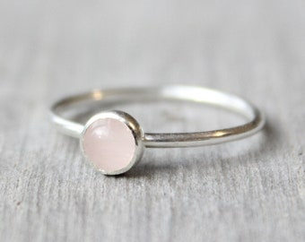 Sterling Silver Rose Quartz Ring // Silver Rose Quartz Stacking Ring // Sterling Silver Ring // Pink Stone Ring / Gift for Her Gemstone Ring