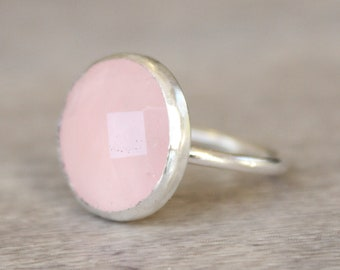 Silver Rose Quartz Ring // Sterling Silver Faceted Rose Quartz Ring // Round Pink Gemstone Ring // Gift for Her // Love Ring