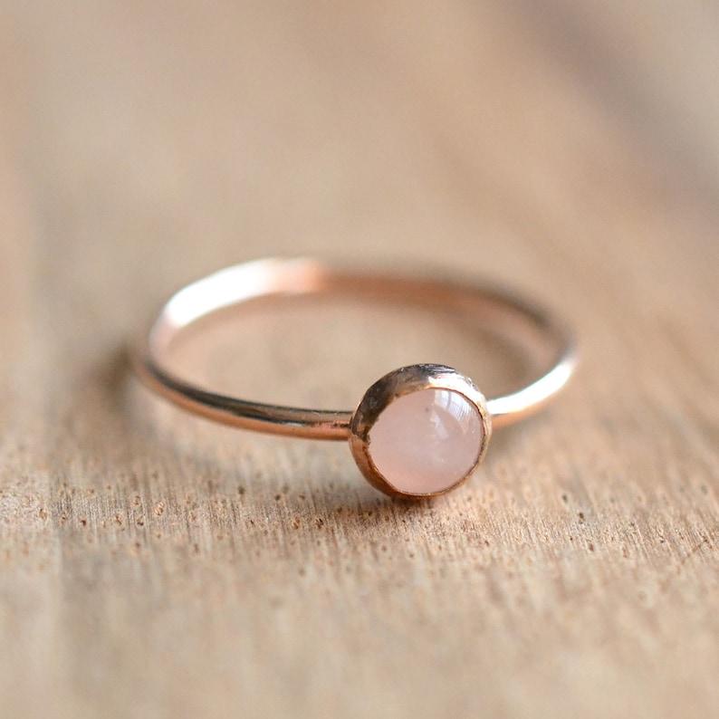 Rose Quartz Ring // Rose Gold Rose Quartz Ring // Rose Gold image 1