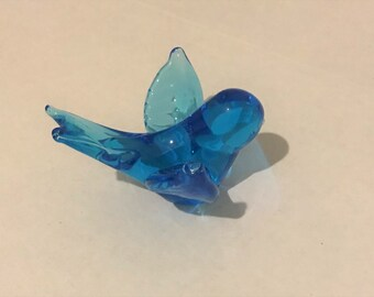 Vintage Blue Bird Art Glass Paperweight/ Statue, 5 inches long