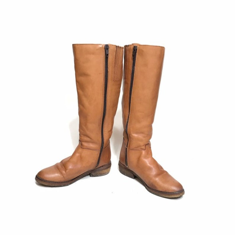 2f462237e2910 Vintage // Bootalinos by Corelli Brand, Camel Brown Zip-up Riding Boot  Style, Lined Winter Boot // Women's Size 6M