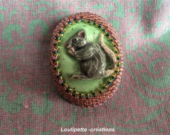 Ceramic rat brooch embroidered with beads