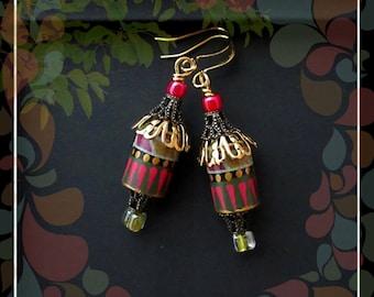 Bohemian Stripe Paper Bead Drop Earring/Ivy Pink  Black Gold