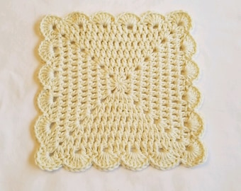 Beautiful Set of 5 Cotton Washcloths in your choice of color - Soft Crocheted Washcloths - Scallope Edged Facecloths - Housewarming Gifts