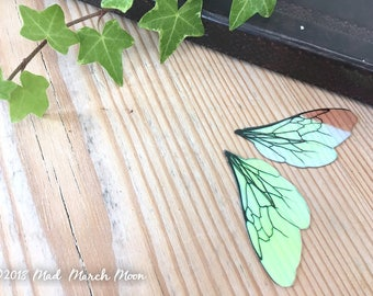 """Mini Bee wings for craft, 2"""" iridescent transparent insect wings for crafting, for felting, collage, jewellery making and art dolls"""