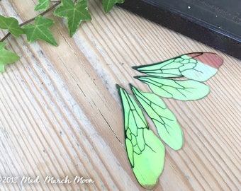 """Medium Bee wings for craft, 2 3/4"""" iridescent transparent insect wings for crafting, for felting, collage, jewellery making and art dolls"""