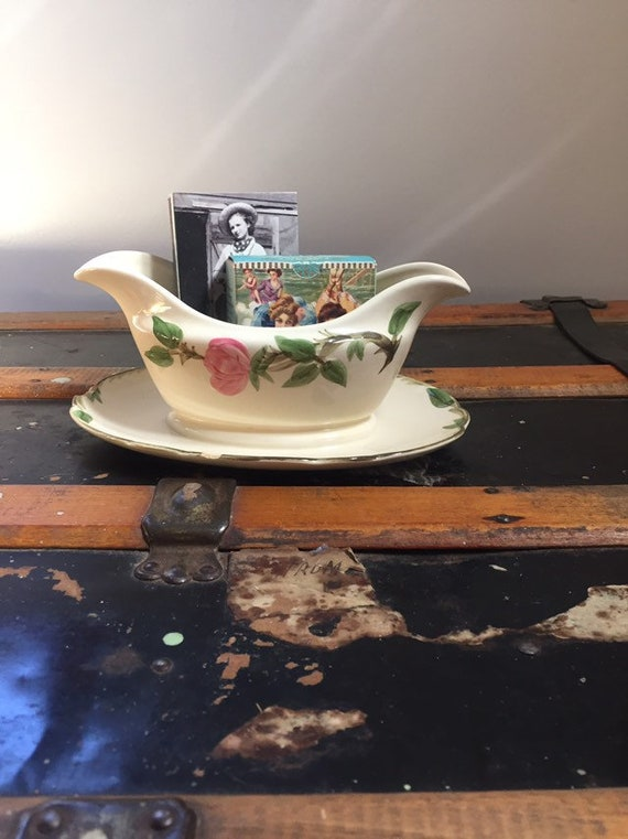 USA Vintage Mid Century Franciscan Hand Painted Desert Rose Gravy Boat