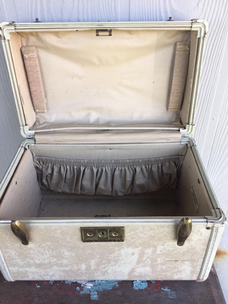 Vintage Samsonite Train Case ~ Samsonite Streamlite Case ~ Cream Marbled Suitcase Luggage