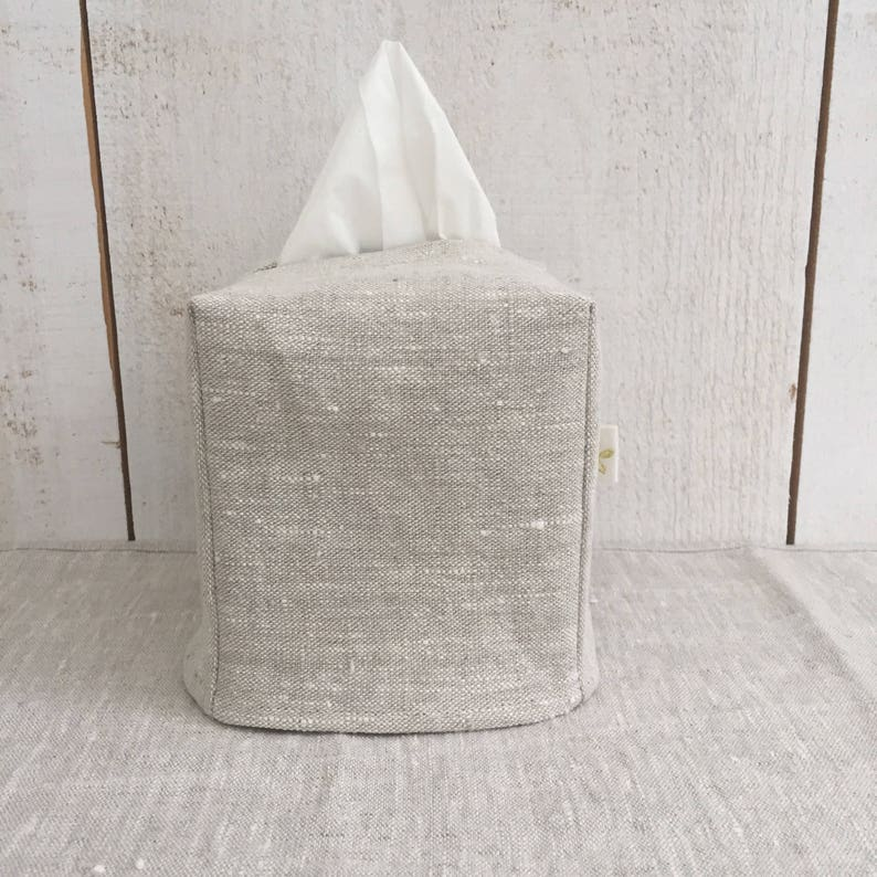 Linen Tissue Box Cover. COME CHECK OUT these gorgeous Etsy handmade decor finds for the home!