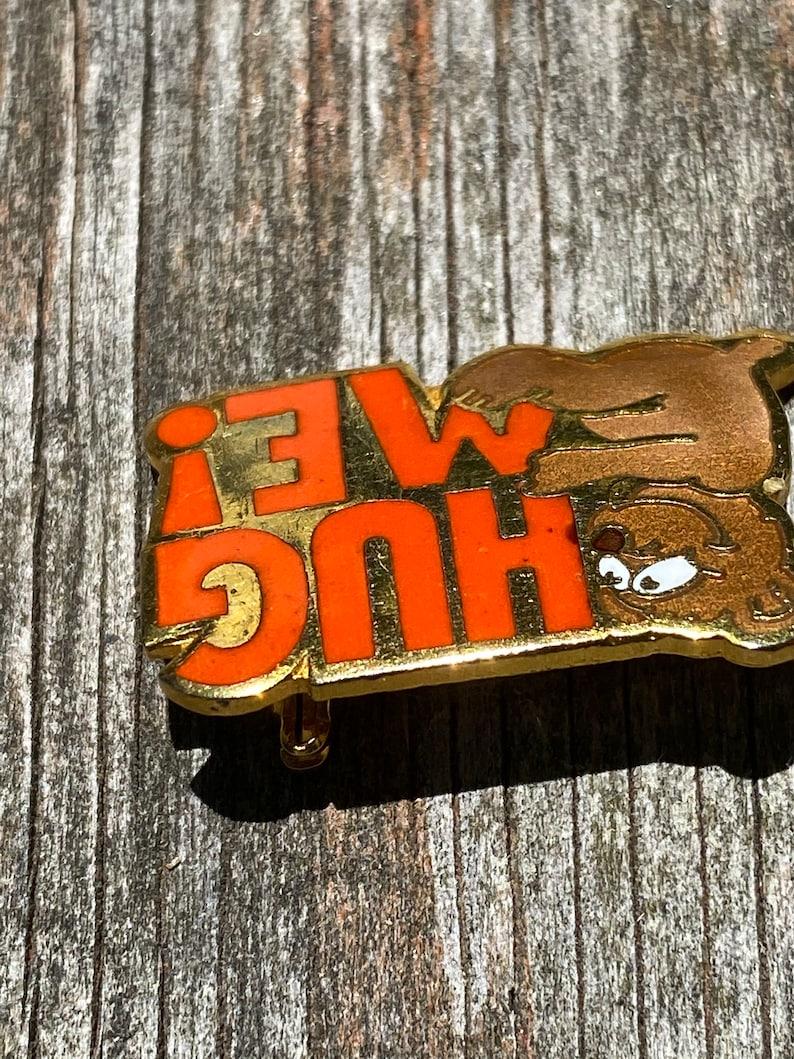 Hug Me Bear Pin Brooch Vintage Margarita 1980 Bar Pin Enamel