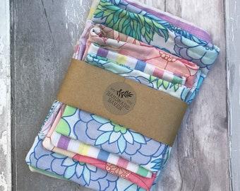 Bundle of Retro/Vintage Fabric Drawstring Bags - Various Sizes