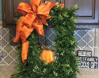 Boxwood Wreath, Fall Boxwood Wreath , Scarecrow Fall Wreath, Everyday Wreath , Fall Wreath , Pumpkin Wreath, Thanksgiving Wreath, Halloween