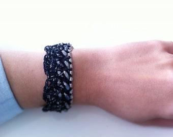Rhinestone Chain Sea Shell Crochet Bracelet