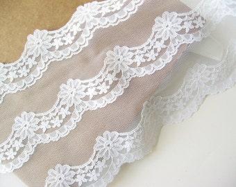 """White lace trim 6"""" wide"""
