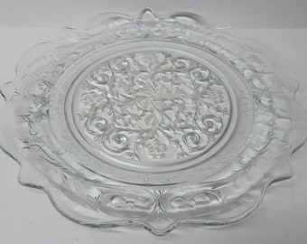 """Arcoroc Canterbury Dinner Plate 10.5/"""" Floral Ridged and Textured Glass"""