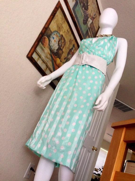 Vintage 1980's Halston Dress / Pistachio Green Ha… - image 1