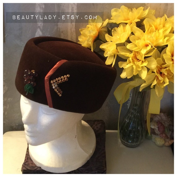 Vintage Pillbox Hat/ 1950's Babette Kaufman's of P