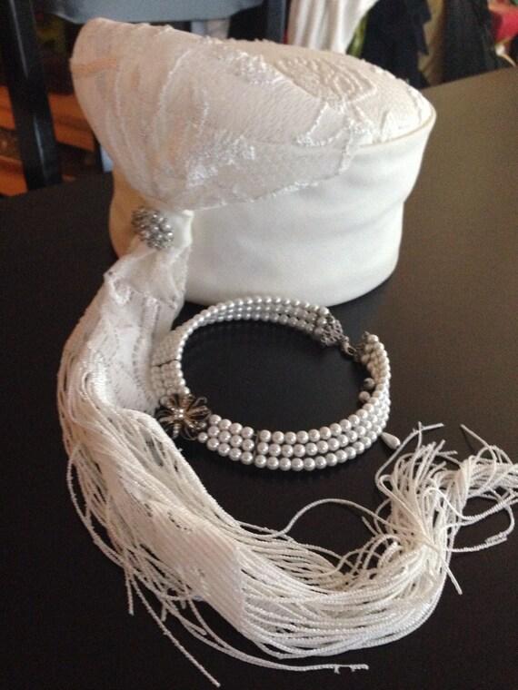 Vintage Whittall & Shon Cream White Pill Box Hat