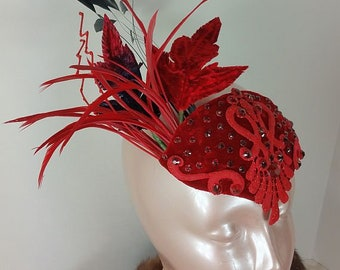 Red Fascinator//Red Fascinator Hat//Fascinator//Hats and Caps//Mini Hat//Wedding Fascinator//Derby Fascinator//Tea Party Fascinator//Bridal