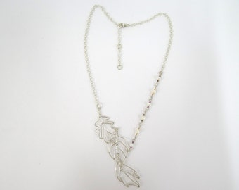3 leaves and pearls silver necklace