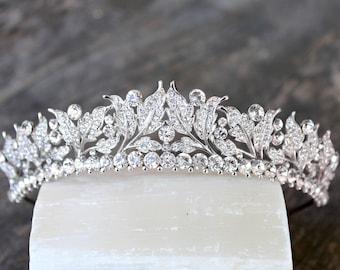 Tiara Victorian Pearl Bridal Tiara, VICTORIA Pearl Tiara, Diamante Tiara, Leaf Pearl Wedding Tiara Swarovski Crystal Edwardian Bridal Tiara