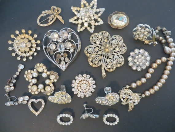 Mega Sparkle Vintage Rhinestone Collection