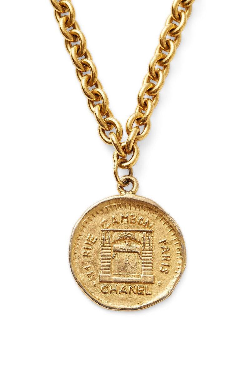 SALE was 900 now 825 vintage 80s 90s CHANEL CC logo gold  4e191baf2a433