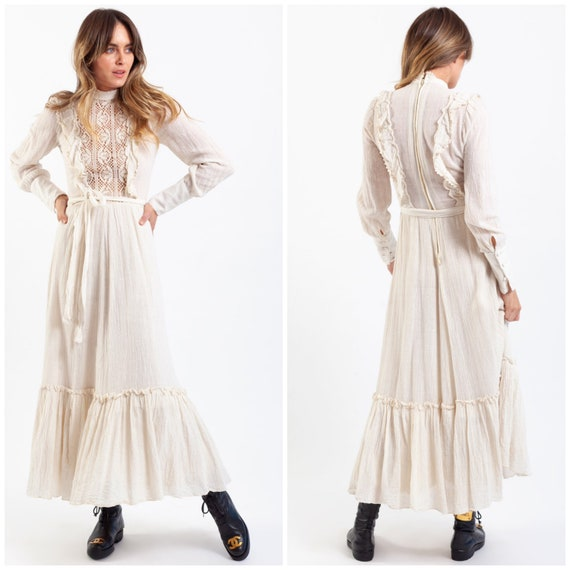 vintage 70's prairie maxi dress / Italian boutique