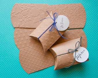 Pillow boxes,  boxes for wedding favors, gift Lot of 10