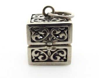 Sterling Silver Prayer Box Pendant - 25 mm Wish Box - Weight 10.1 g - 925 Silver - 3D Memory Cube Square Locket - Mechanical Hinged # 5323