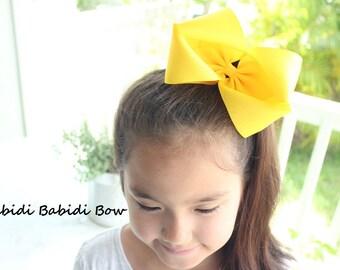 "6""hair bow- Boutique hair bow- XL Hair Bow- Girl Hair Bow- Toddler Hair Bow- Birthday gift   /  - You can choose colors"