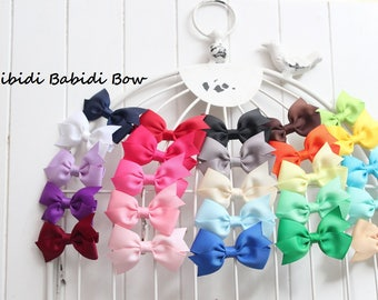 Mini hair bow- baby girl hair bow- Baby shower gift- 1.00 hair bow- hair clip- infant hair bow- Girl Hair Bow- You can choose colors