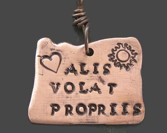 Alis volat propriis she flies with her own wings -  Oregon keychain - charm necklace - personalized - custom