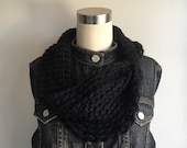 Black Scarf / Crochet Sca...