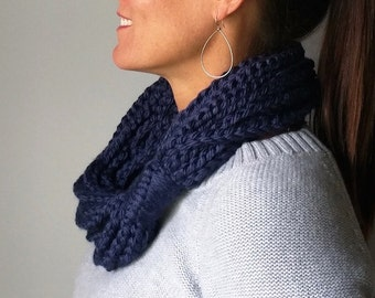 Navy Chain Scarf Necklace, Scarf Women Handmade, Chunky Knit Infinity Scarf for Women, Stocking Stuffer for Teens, Christmas Gift for Her