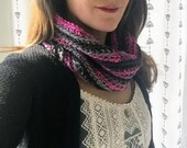 Pink Infinity Scarf / Hot...