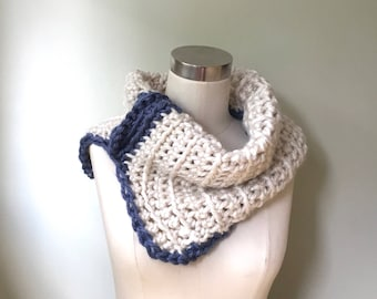 White Scarf / Cowl Neck Scarf / Crochet Scarf Handmade / Off White Infinity Scarf for Women / Scarf Winter