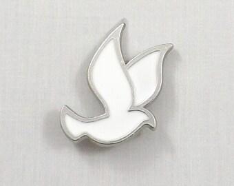 Pinback Buttons Badges Pins White Doves Peace Dove Lapel Pin Brooch Clip Trendy Accessory Jacket T-Shirt Bag Hat Shoe