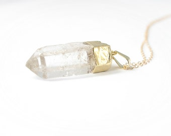 Crystal Necklace / Quartz Point Necklace / Crystal Spike / Crystal Pendant Necklace / Long necklace / Long gold or silver / Long layering