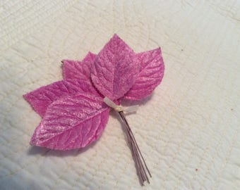Vintage purple single velvet embossed leaves