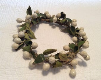 Vintage composition cream olive and linen green leaf crown