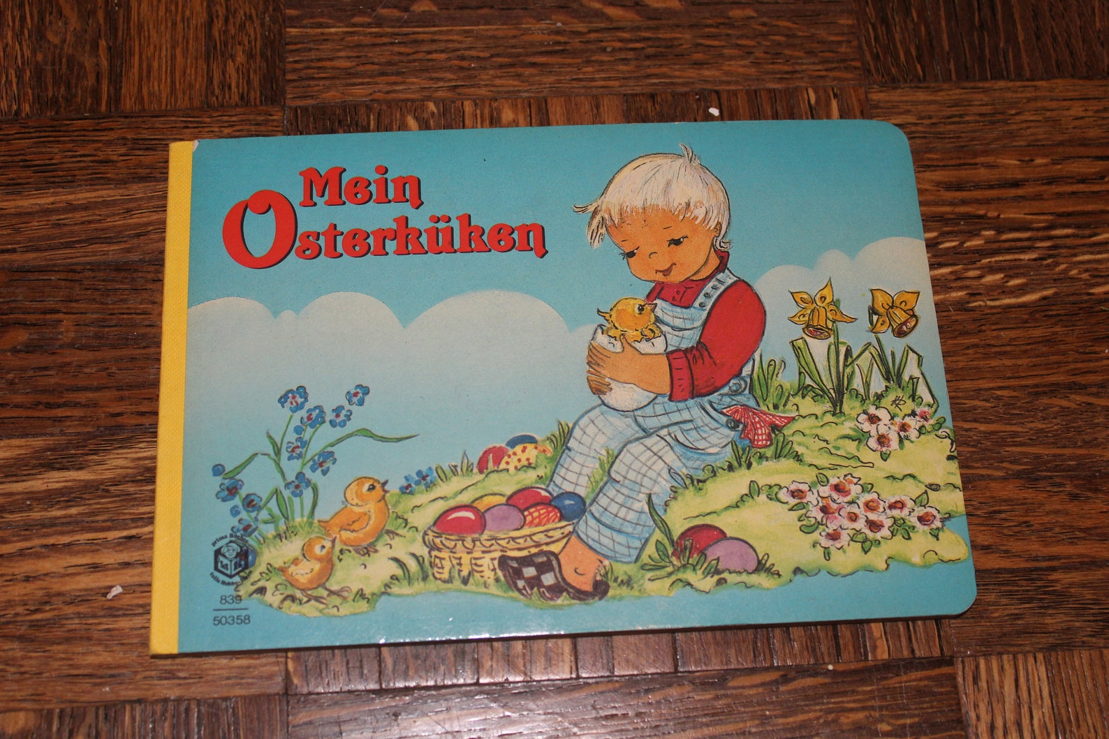 Mein Osterkuken My Easter Chick German Language Board Book