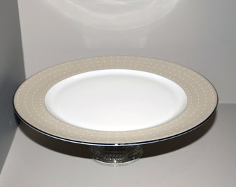 Monique Lhuillier Etoile Platinum Charger Cake Plate with Glass Base