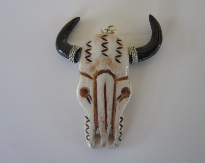 BUFFALO SKULL Tribal  Pendants or Beads bp1122 Jewelry Craft Making Carved Buffalo Bone