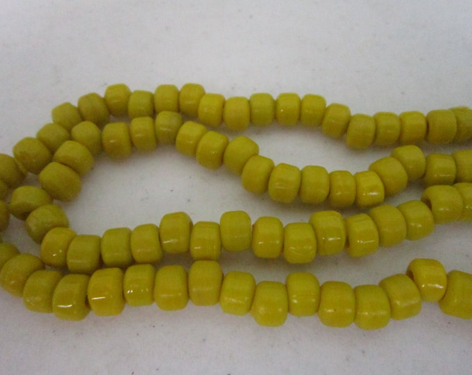 Glass Crow Beads 9mm YELLOW 100 loose Jewelry/Craft Projects