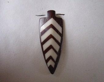 2 Arrowhead Pendants  Buffalo Bone Beads Tribal Pendant Jewelry Supplies Tribal Crafts  BP903