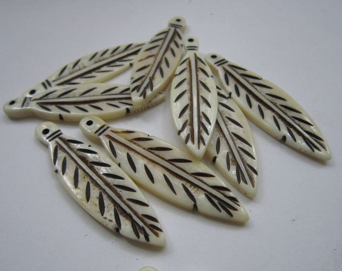 Feather Pendants Carved Buffalo Bone 2 1/2 Pendants Bone Beads Jewelry Crafts 905