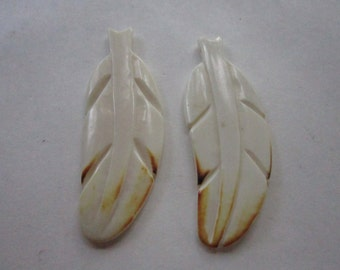 FEATHERS w/brown tip  Tribal  Pendants Bead Charms Carved Buffalo Bone BP37 Jewelry Craft Making