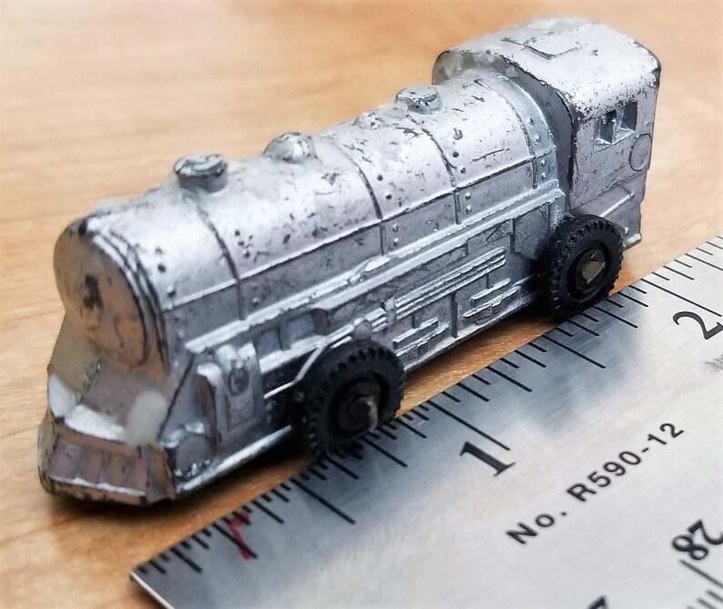 BARCLAY Train Engine 335