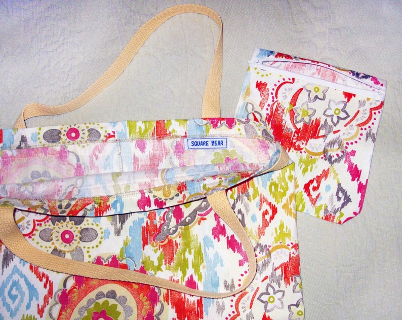 Bright Paisley Headin/' Out Tote /& Ditty Bag set